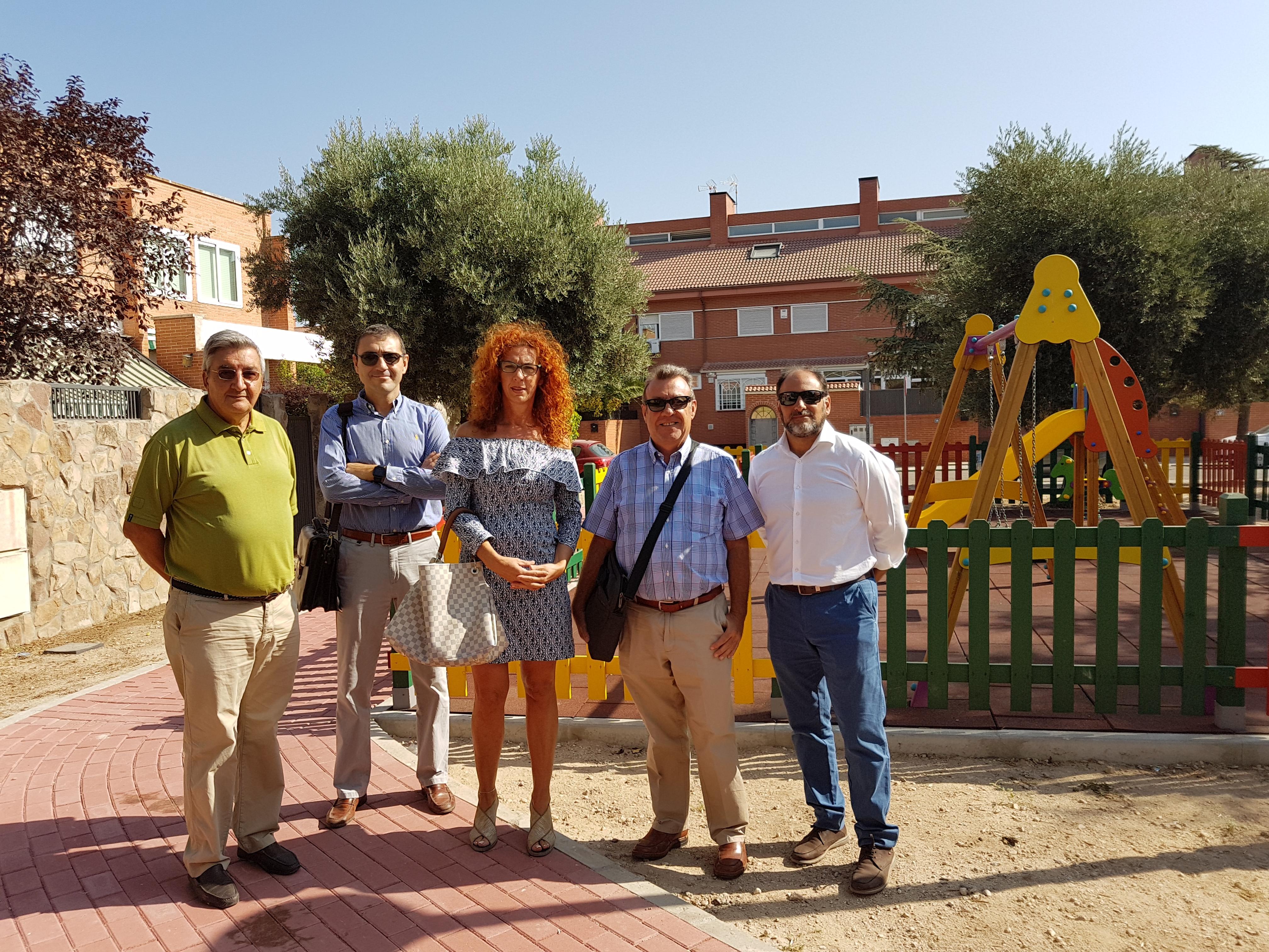 El Ayuntamiento de Velilla ha recepcionado esta mañana las obras de acondicionamiento de varias zonas verdes del municipio