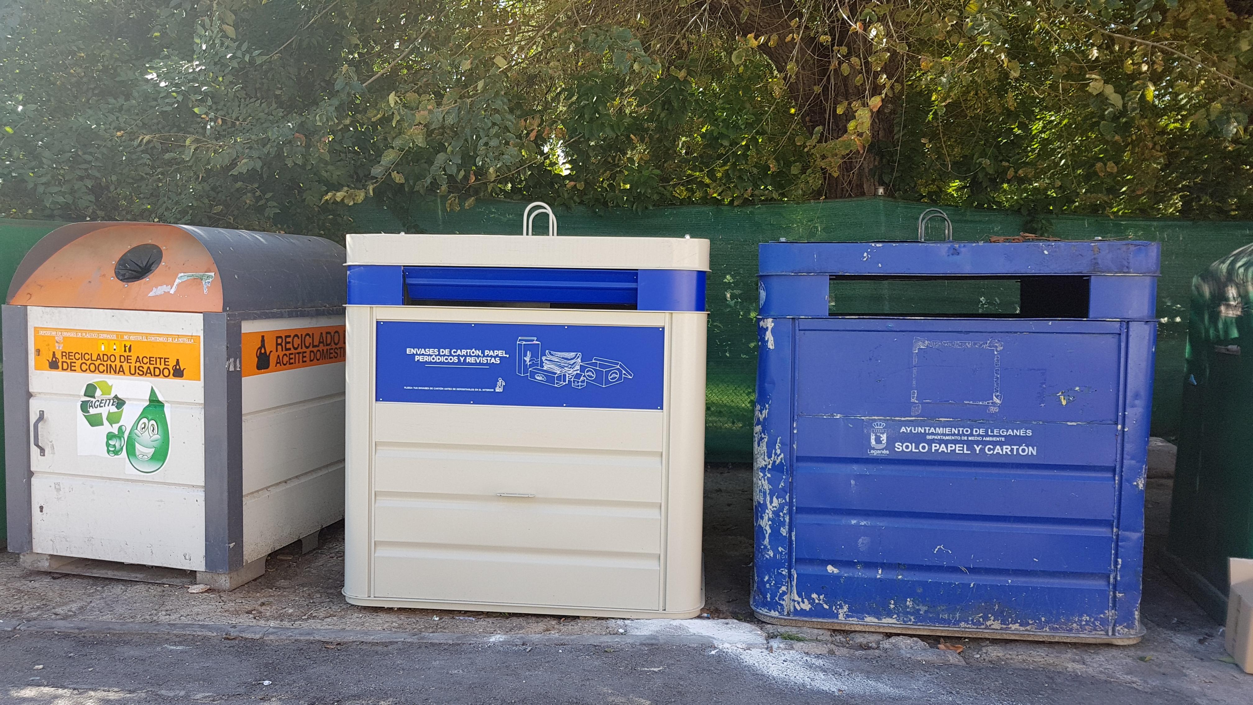 El Ayuntamiento de Velilla ha instalado los nuevos contenedores de papel