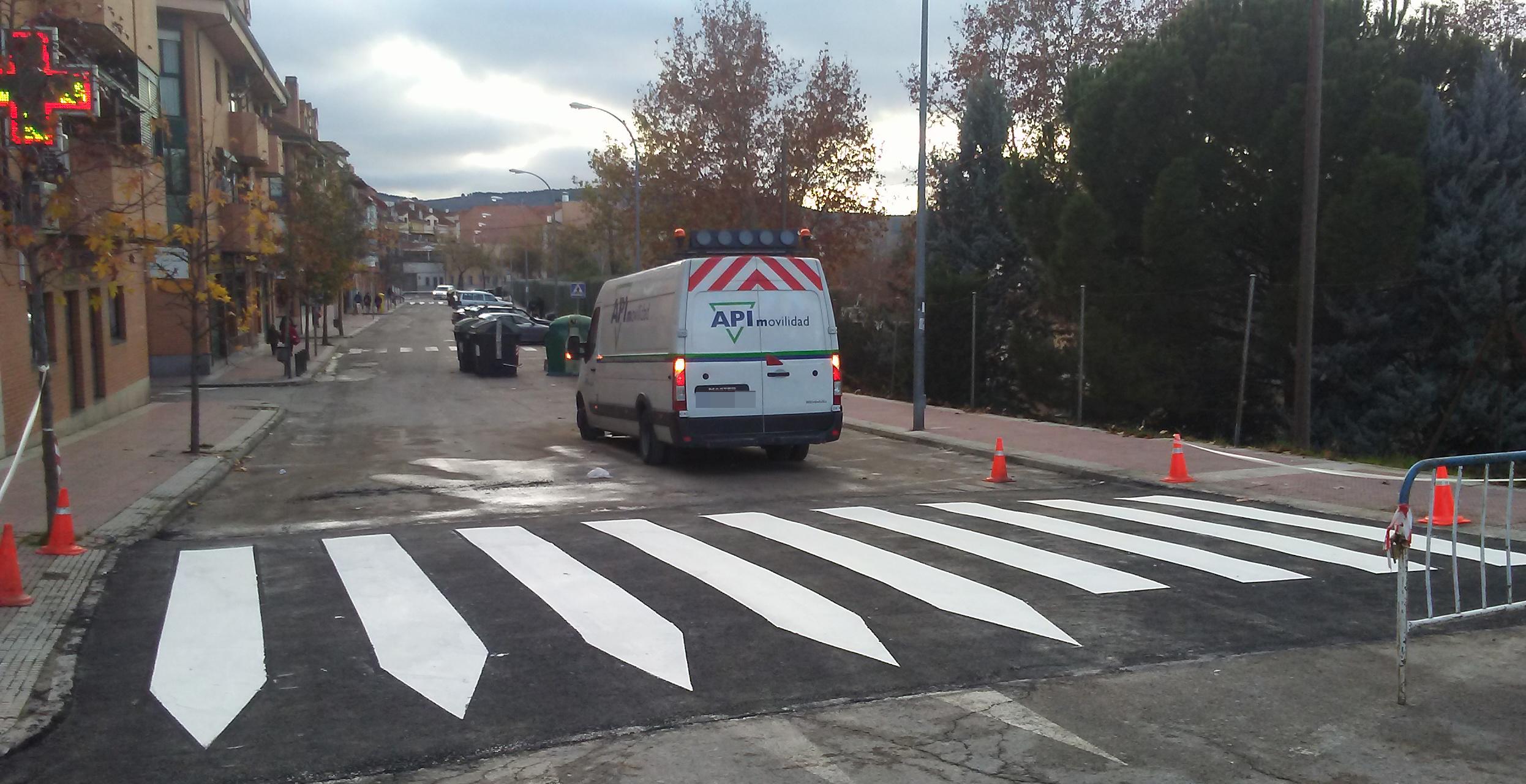 Trabajos para la mejora de la seguridad vial en Velilla