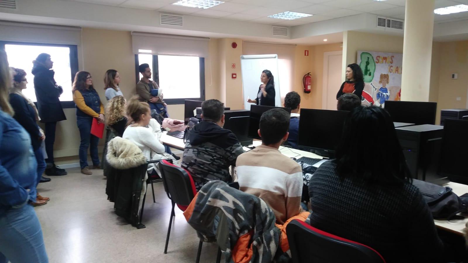 Clece ha participado en el último encuentro entre empresas y desempleados en Velilla