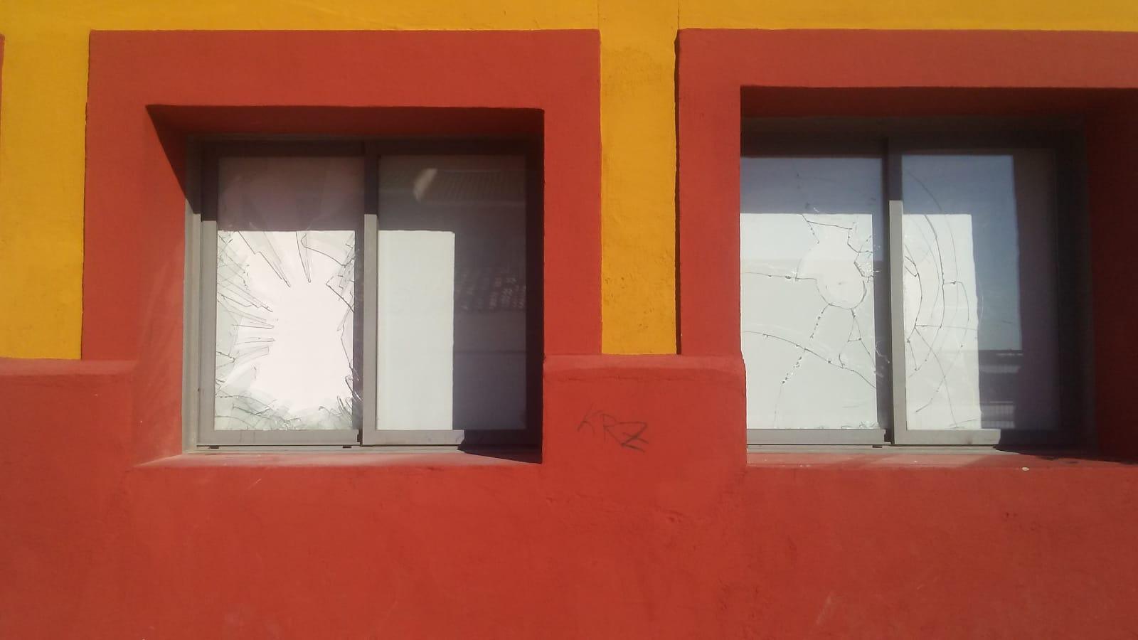 Se repiten los actos vandálicos en la sala de exposiciones Adolfo Suárez