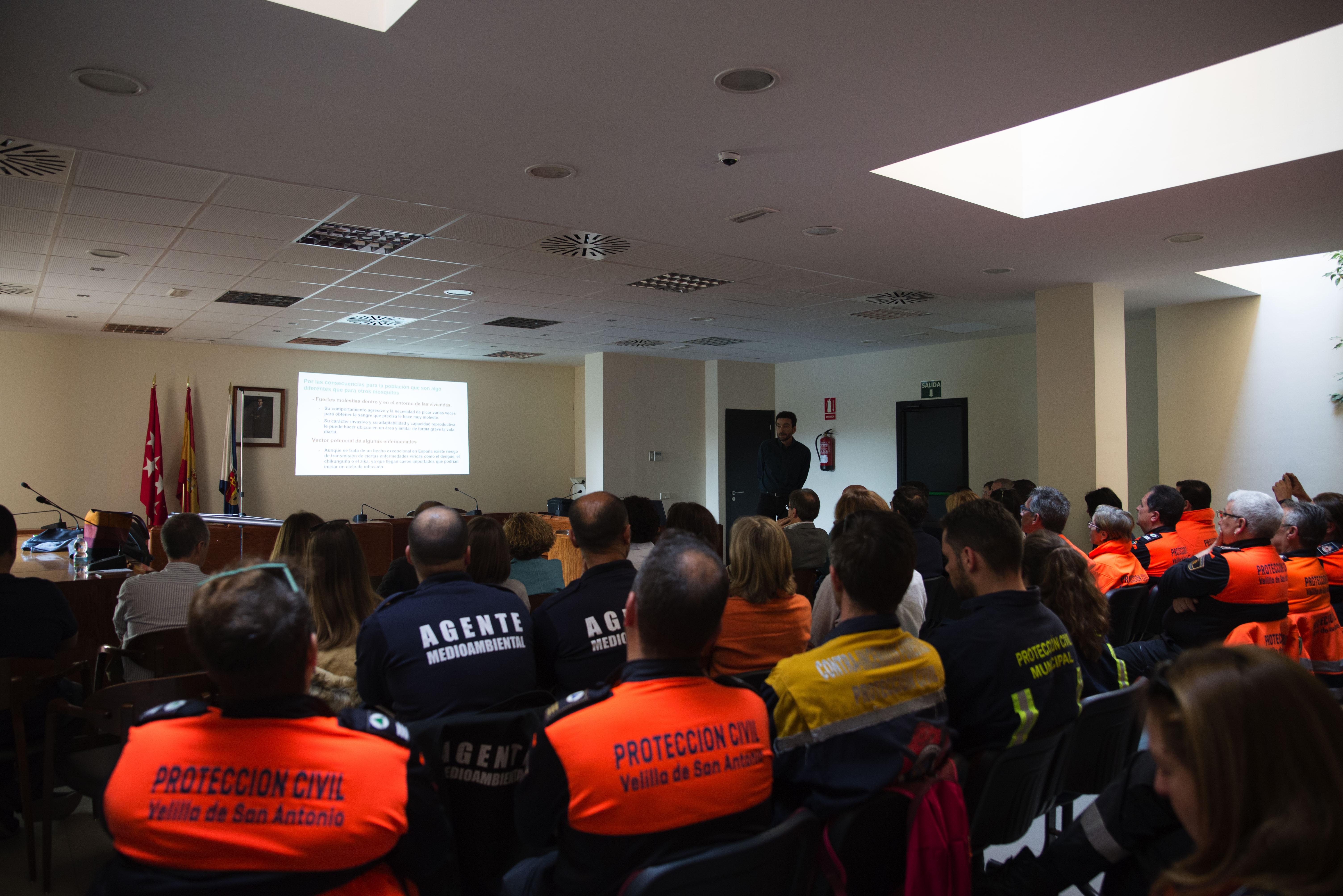 El sábado se celebró la Jornada Teórico-Práctica sobre Mosquito Tigre y Buenas Prácticas de Control, dirigida al voluntariado de Protección Civil Velilla