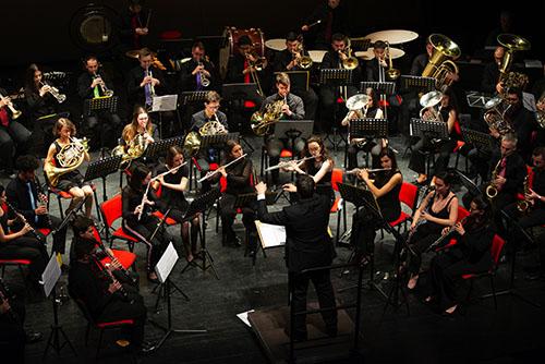 El Auditorio de Velilla acogió el primer concierto de Pantueña Wind Orchestra