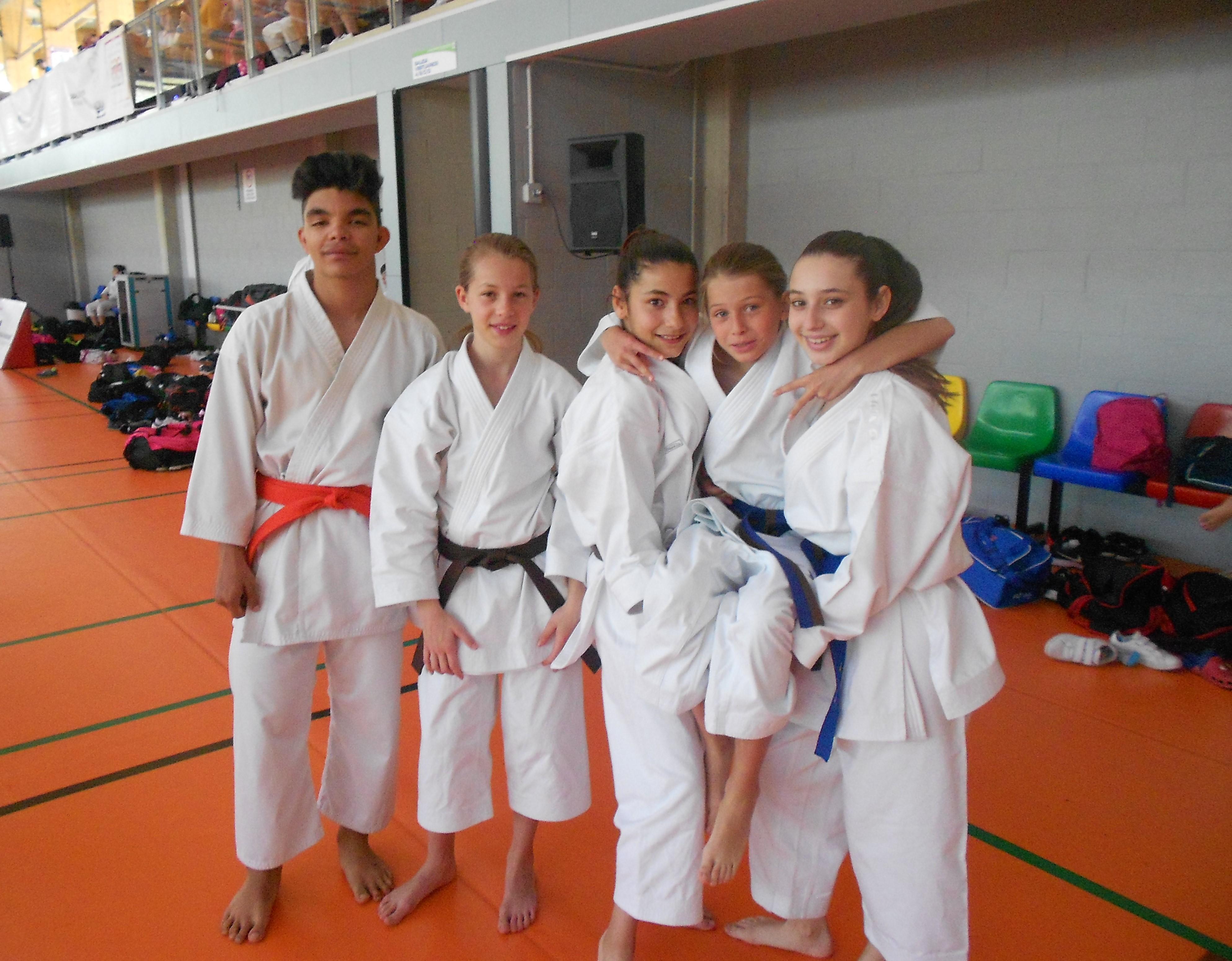 Excelentes resultados del karate velillero en el Campeonato Autonómico Deuco