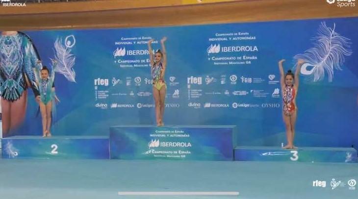 Lidia Cabezas del Club Gimnasia Rítmica Velilla logra medalla de bronce en el Campeonato de España nivel absoluto