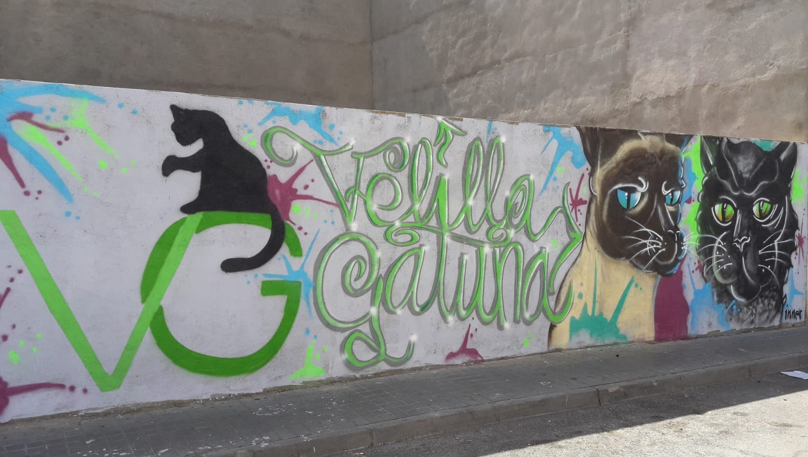 Nuevo mural en el solar municipal de la cl Madrid y cl Cataluña
