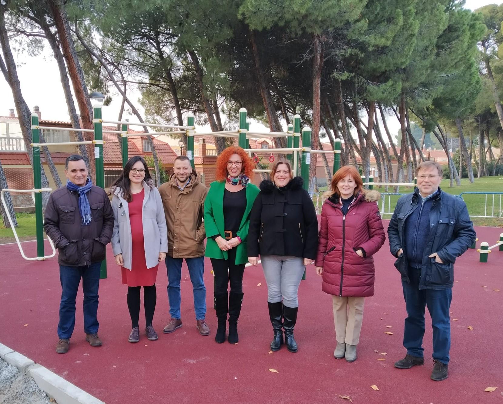 Ayer finalizaron las obras del nuevo parque de calistenia de Velilla