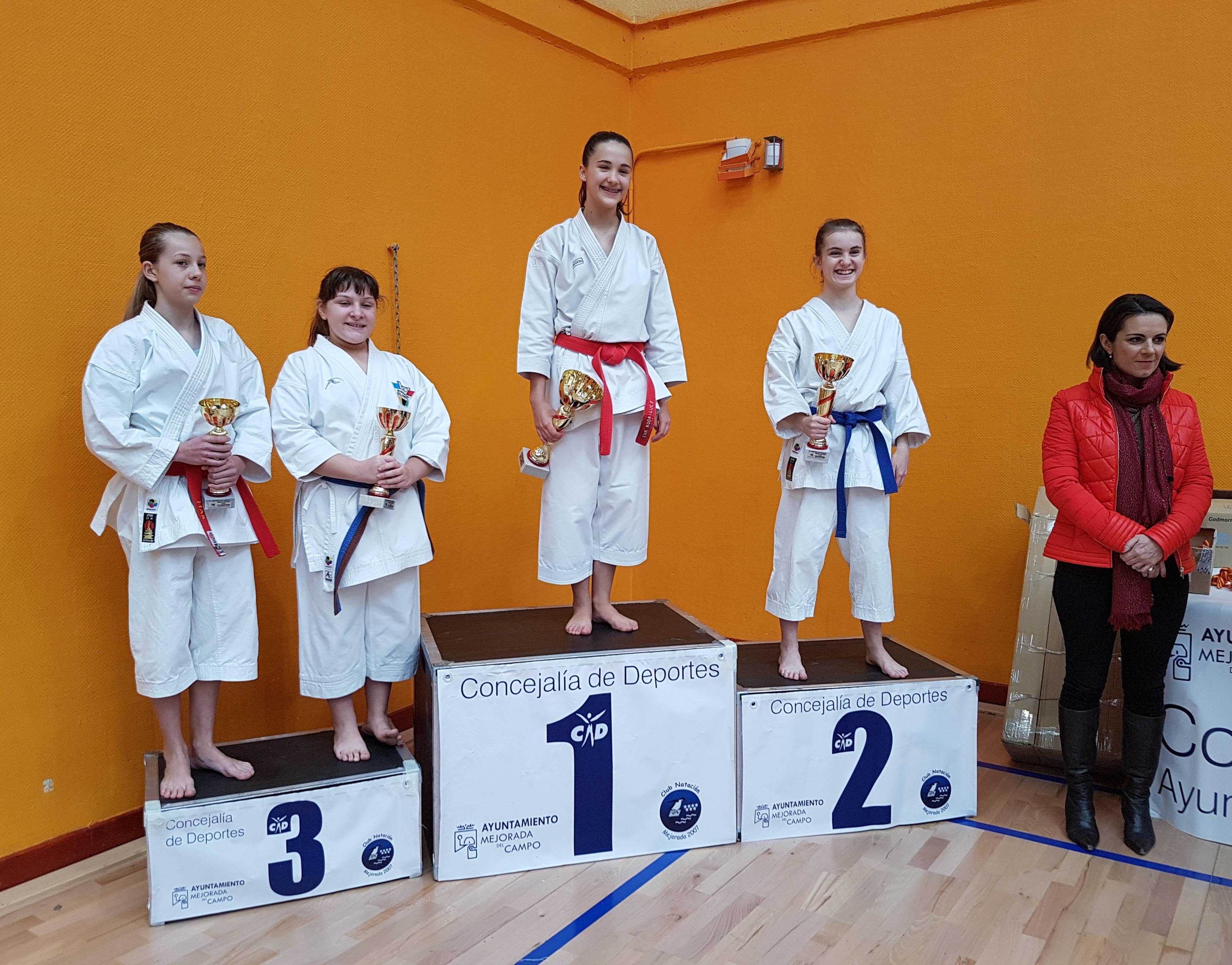 El karate velillero brilló en el 41º Trofeo de Navidad Grupo Fausto