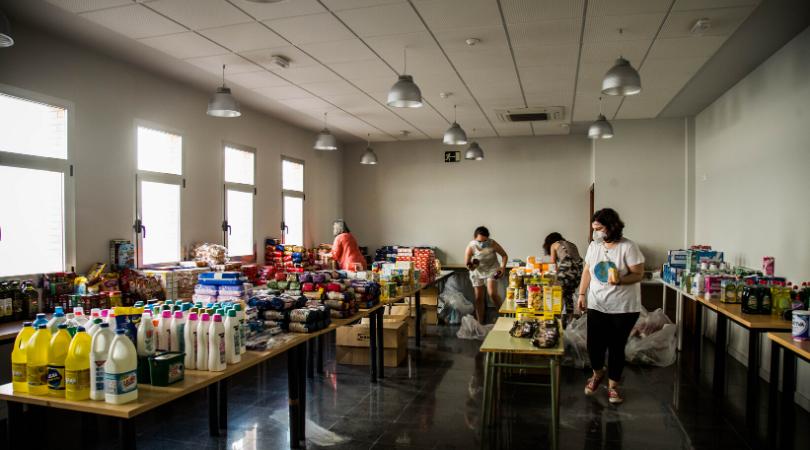 Los velilleros continúan demostrando su gran generosidad y solidaridad con sus vecinos