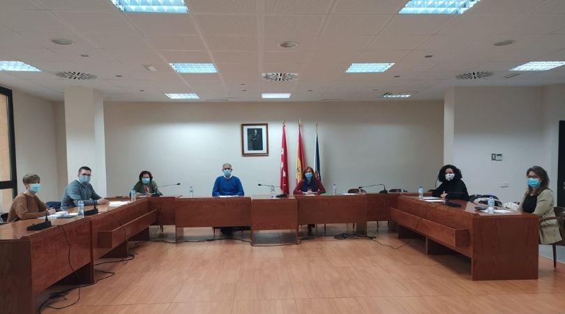 El Ayuntamiento de Velilla acogió ayer una reunión de Concejales de Educación del Sureste preocupados por la gestión de la Comunidad de Madrid en esta materia