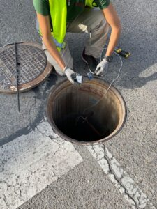 Continúa la campaña de desratización y desinsectación en la red pública de saneamiento