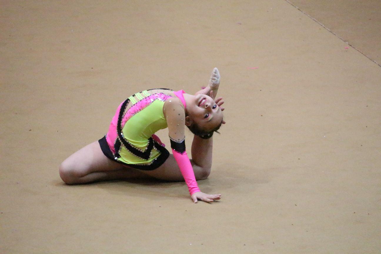 Seis gimnastas velilleras participarán en el Campeonato de España Base