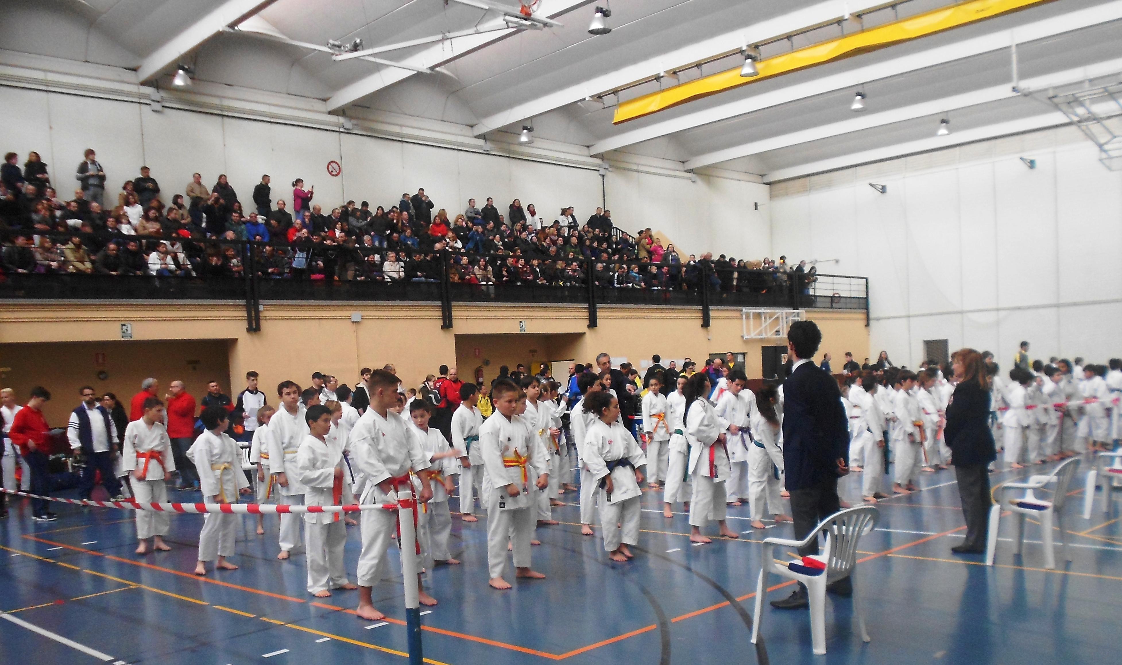 Campeonato de primavera de karate y homenaje a D. José Manuel Moral