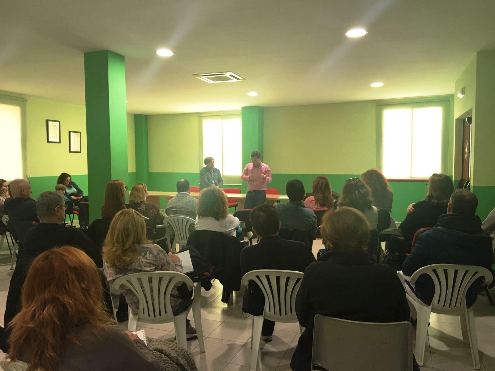 Ayer se celebró una charla informativa sobre cláusulas suelo y gastos de formalización de hipoteca en Velilla