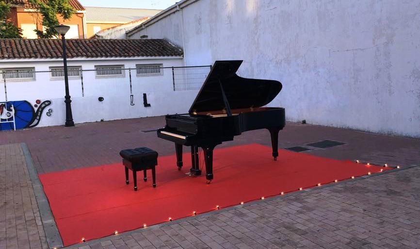 2017 Concierto de piano, plaza de las Velillas