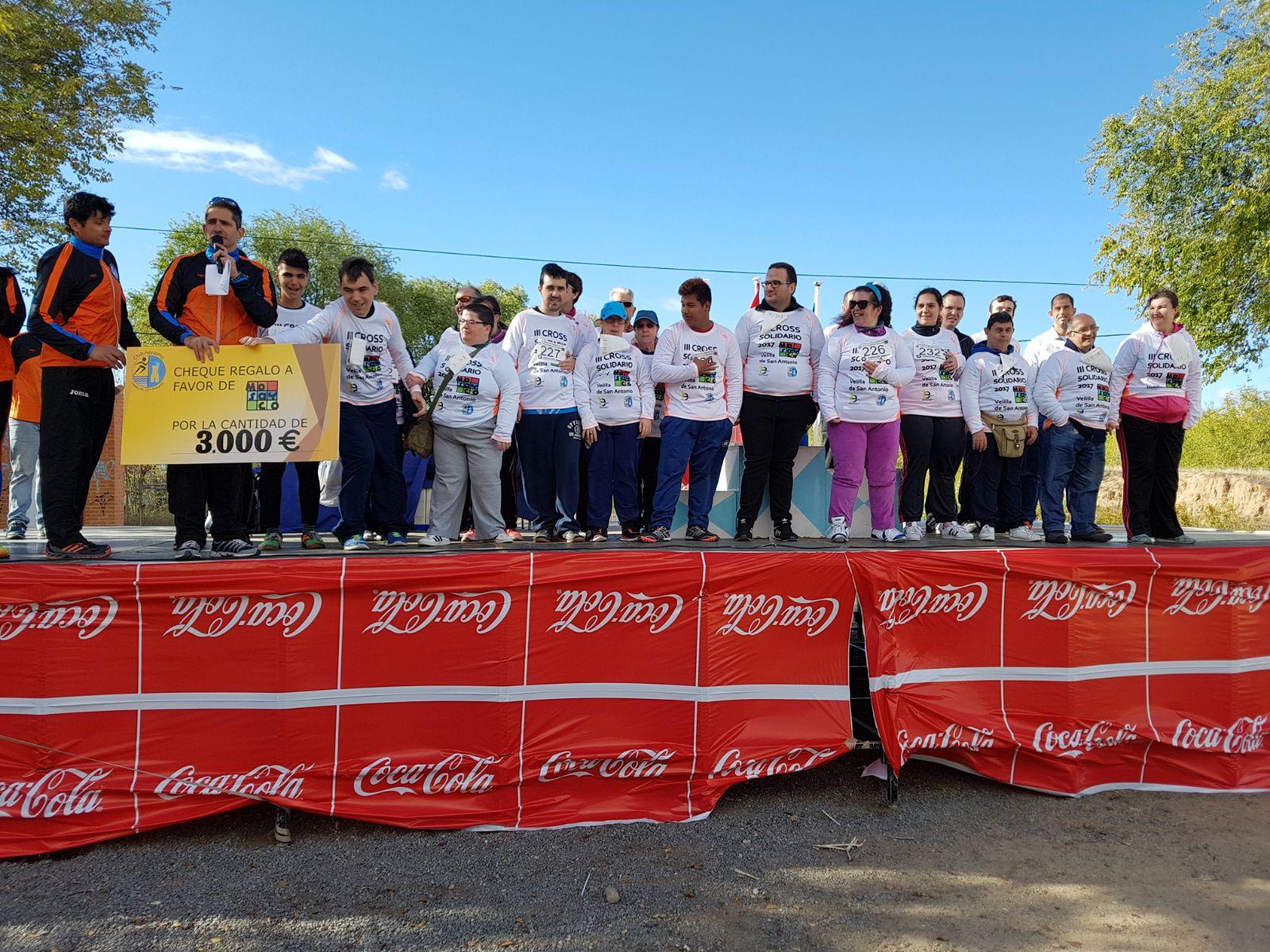 El III Cross Solidario Velilla de San Antonio recaudó 3.000 euros para la Asociación Mosayco