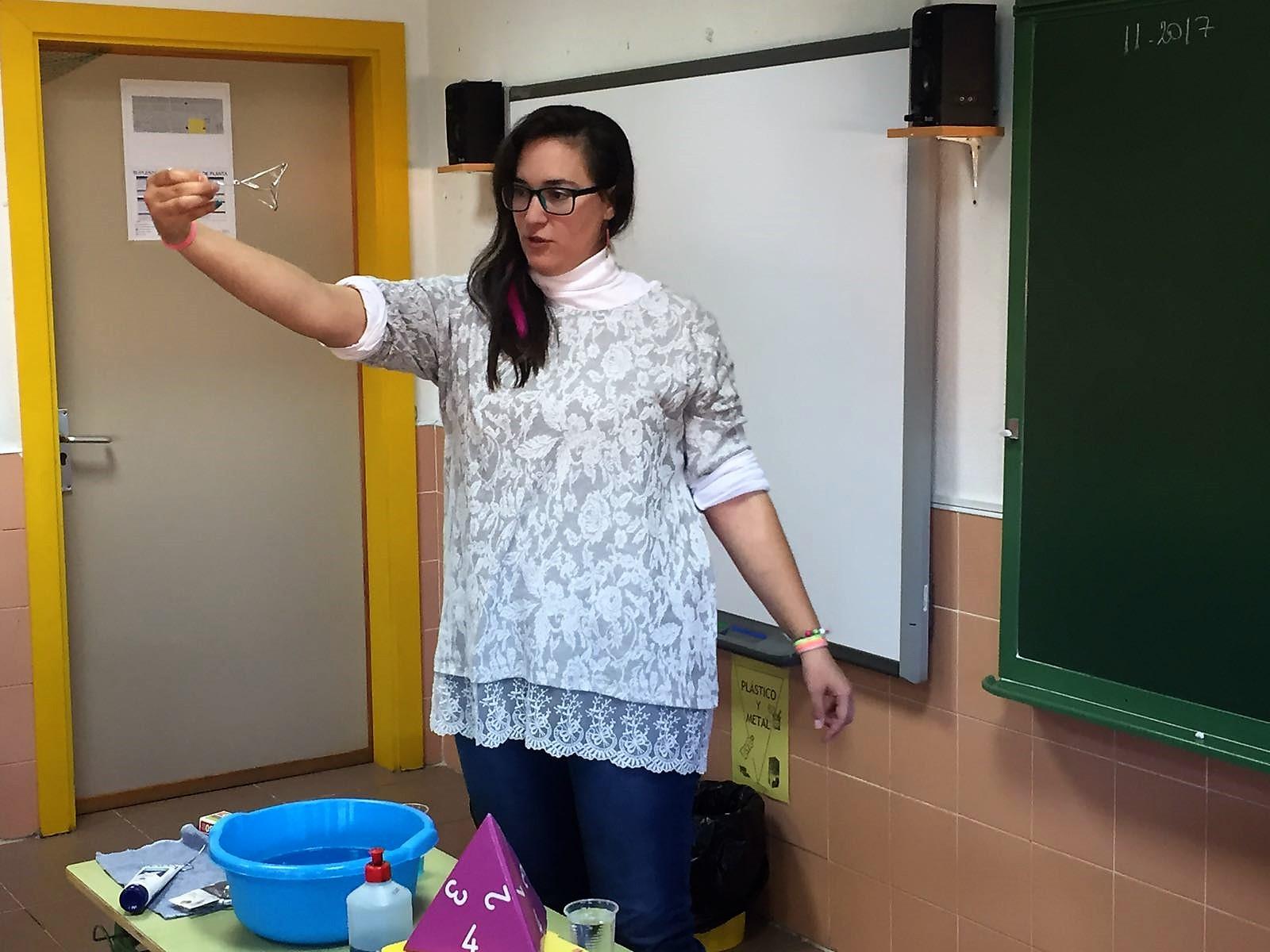 """El programa """"Aula de las Matemáticas"""" viaja a las aulas de Velilla"""