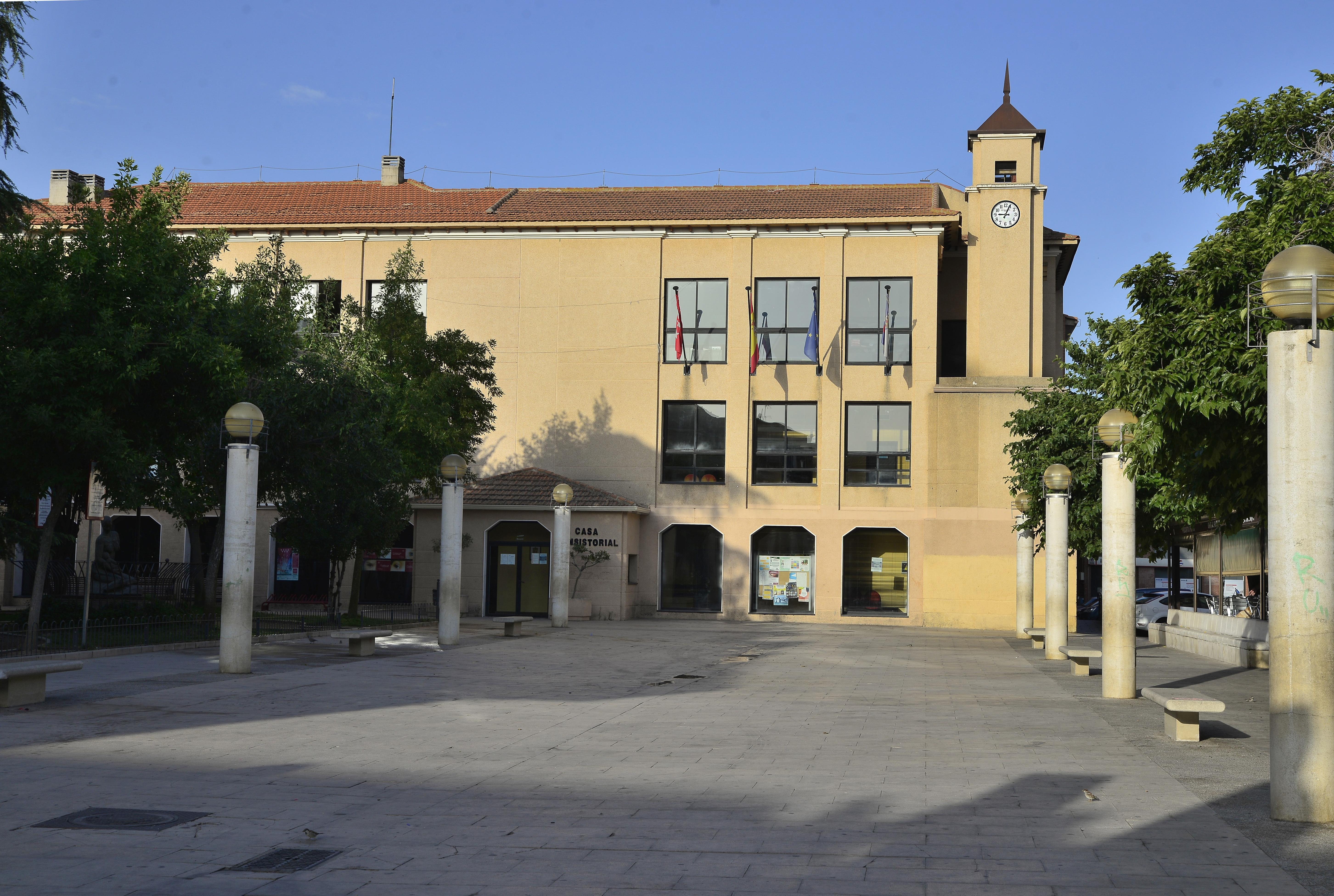 Información sobre consultas y tramitaciones en el Ayuntamiento y en las oficinas de las Instalaciones Deportivas Municipales