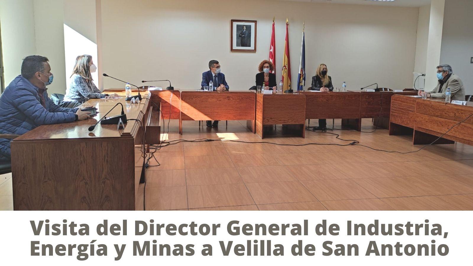 El Director General de Industria, Energía y Minas, David del Valle, visita Velilla de San Antonio