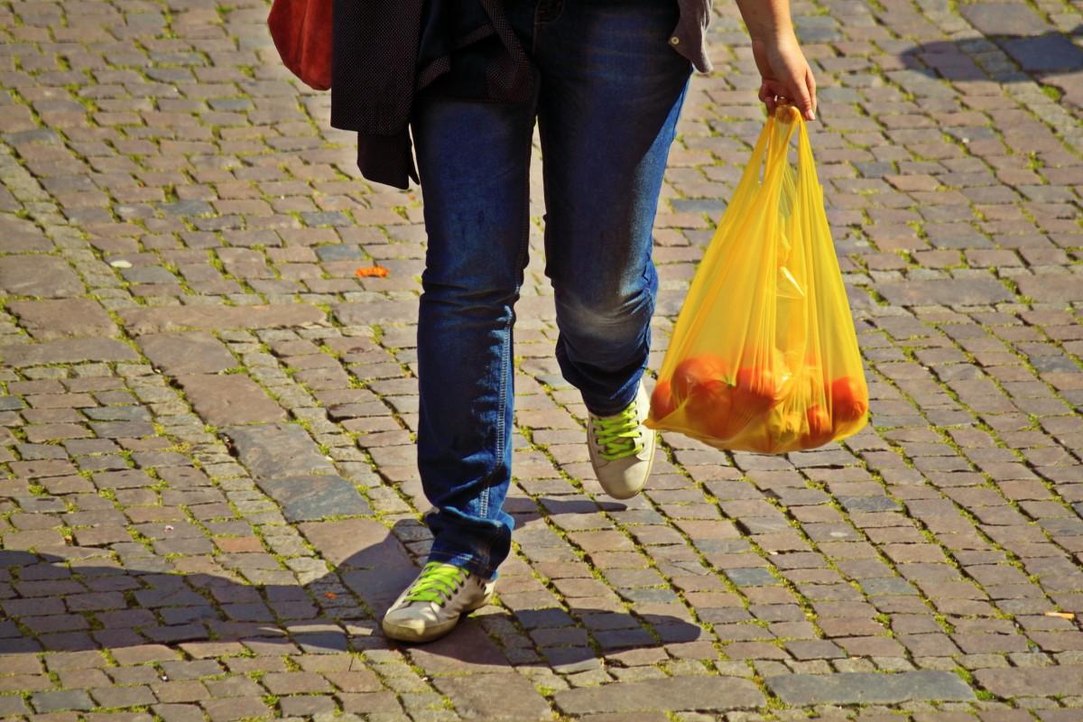 Desde el 1 de julio las bolsas de plástico ya no son gratuitas