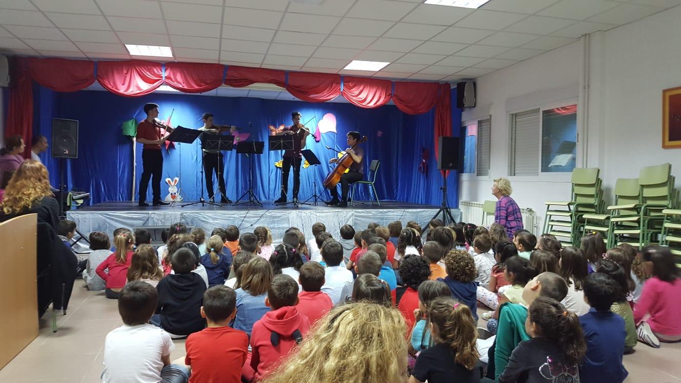 Conciertos pedagógicos para acercar la música a los niños y niñas de Velilla