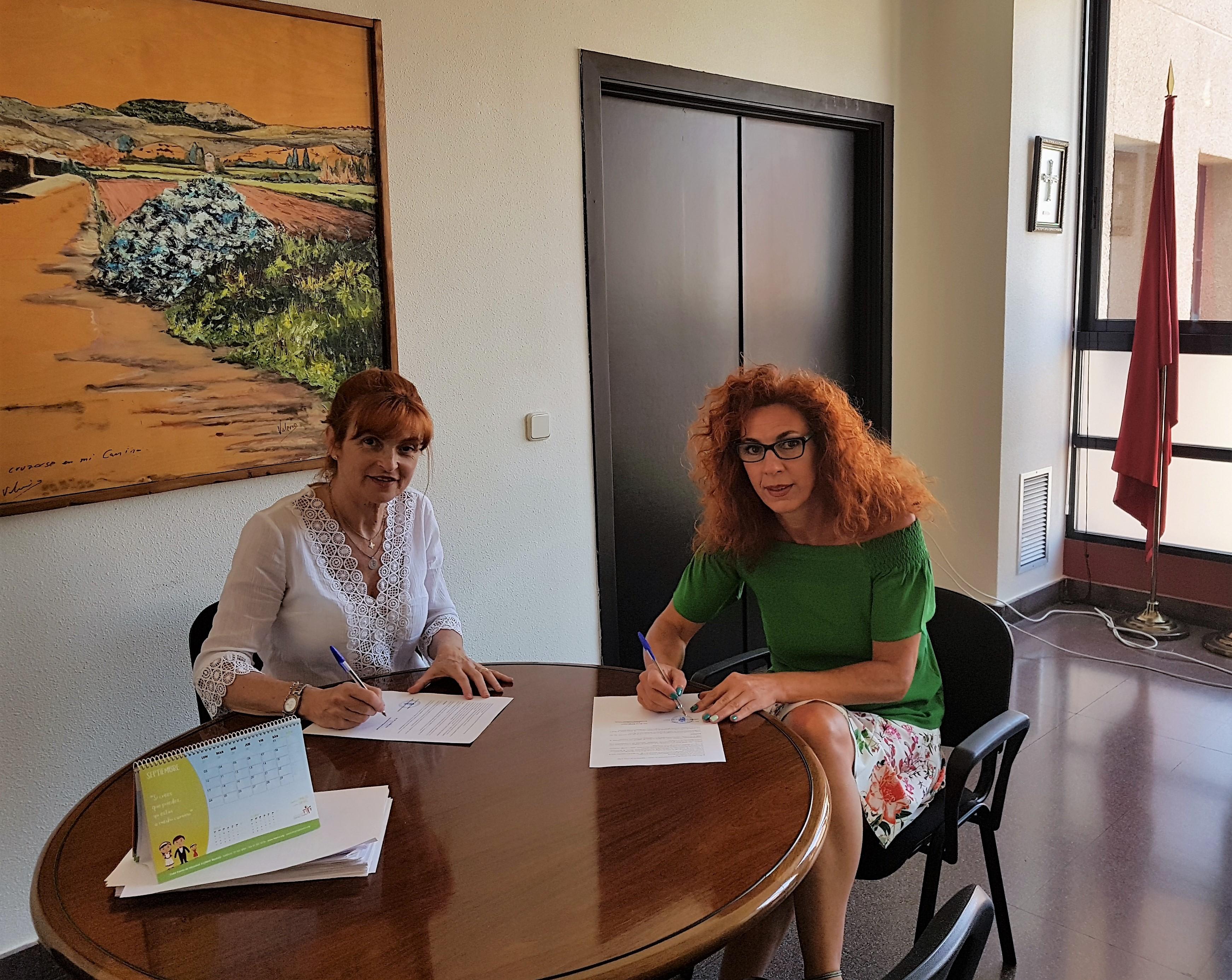 El Ayuntamiento de Velilla firma un convenio de colaboración con la Fundación Acobe