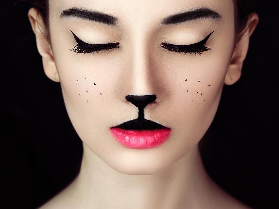 Velijoven - Taller de maquillaje y caracterización