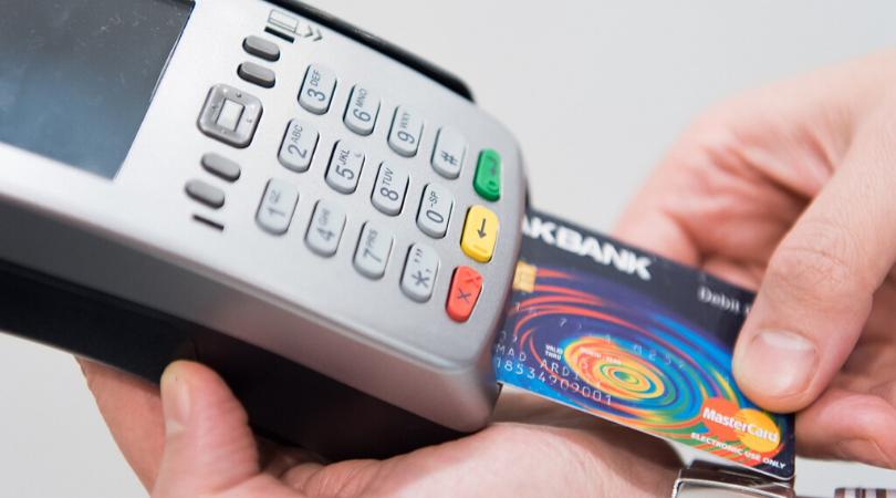 Ya se pueden realizar pagos con tarjeta en el Área de Recaudación del Ayuntamiento
