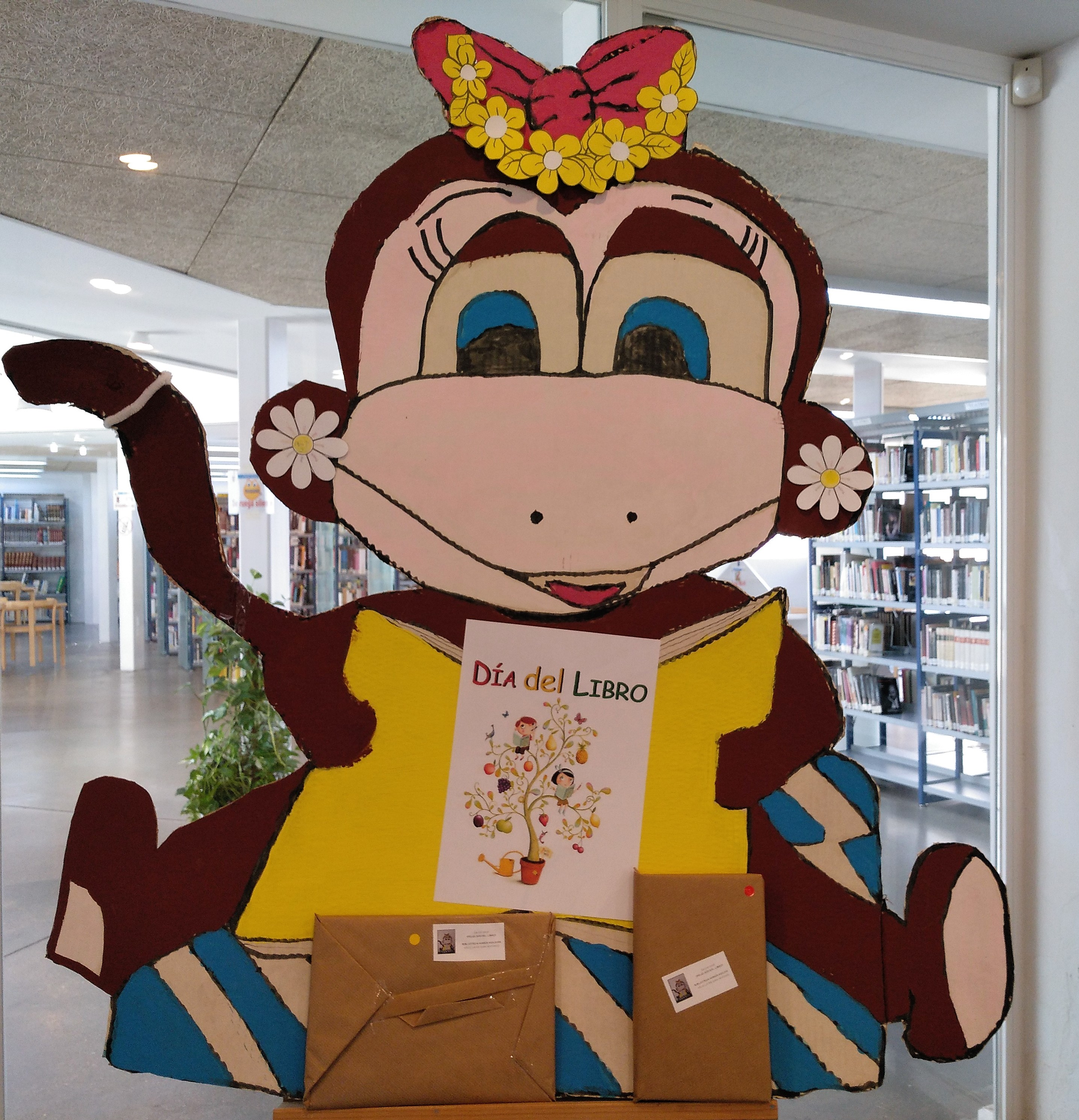 La biblioteca de Velilla celebrará el Día del Libro, regalando libros