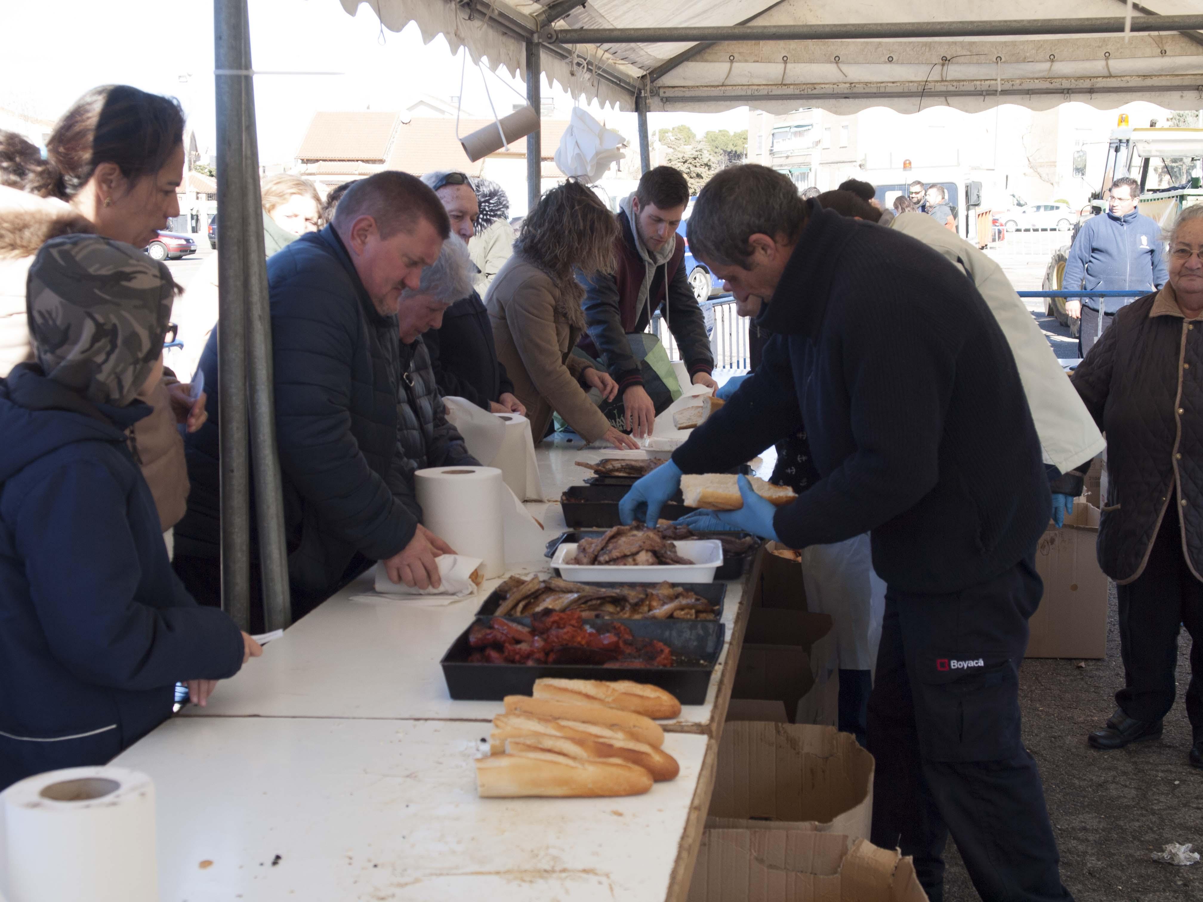 Velilla celebró ayer la Fiesta de la Pitanza