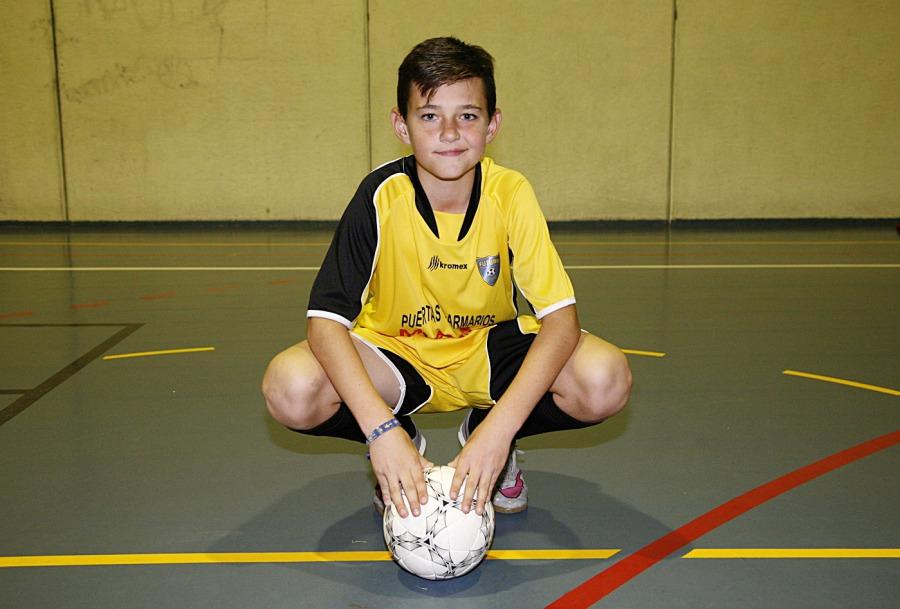 Rodrigo, jugador del Futuro Velilla FS, convocado por la Selección Madrileña de Fútbol Sala
