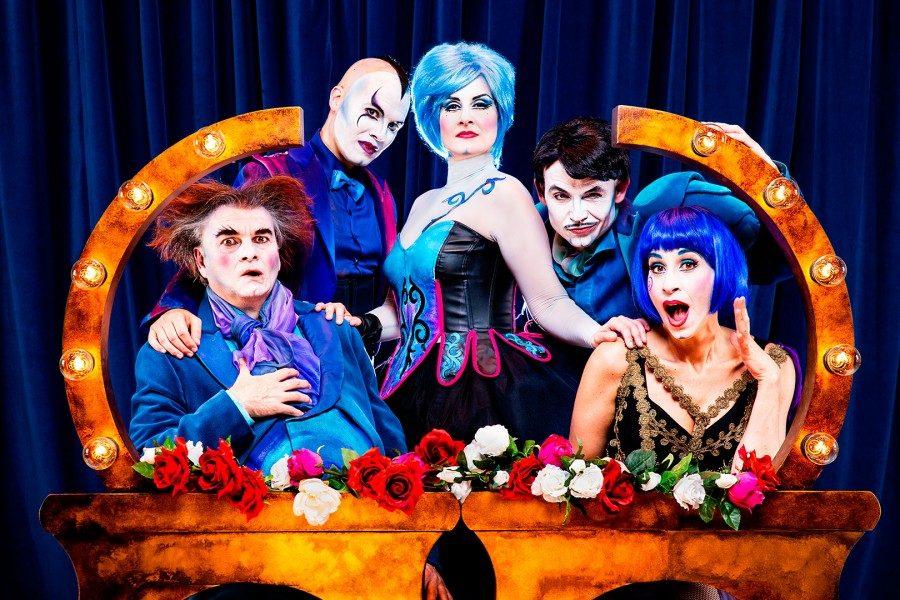 The Opera Locos. Producciones Yllana.